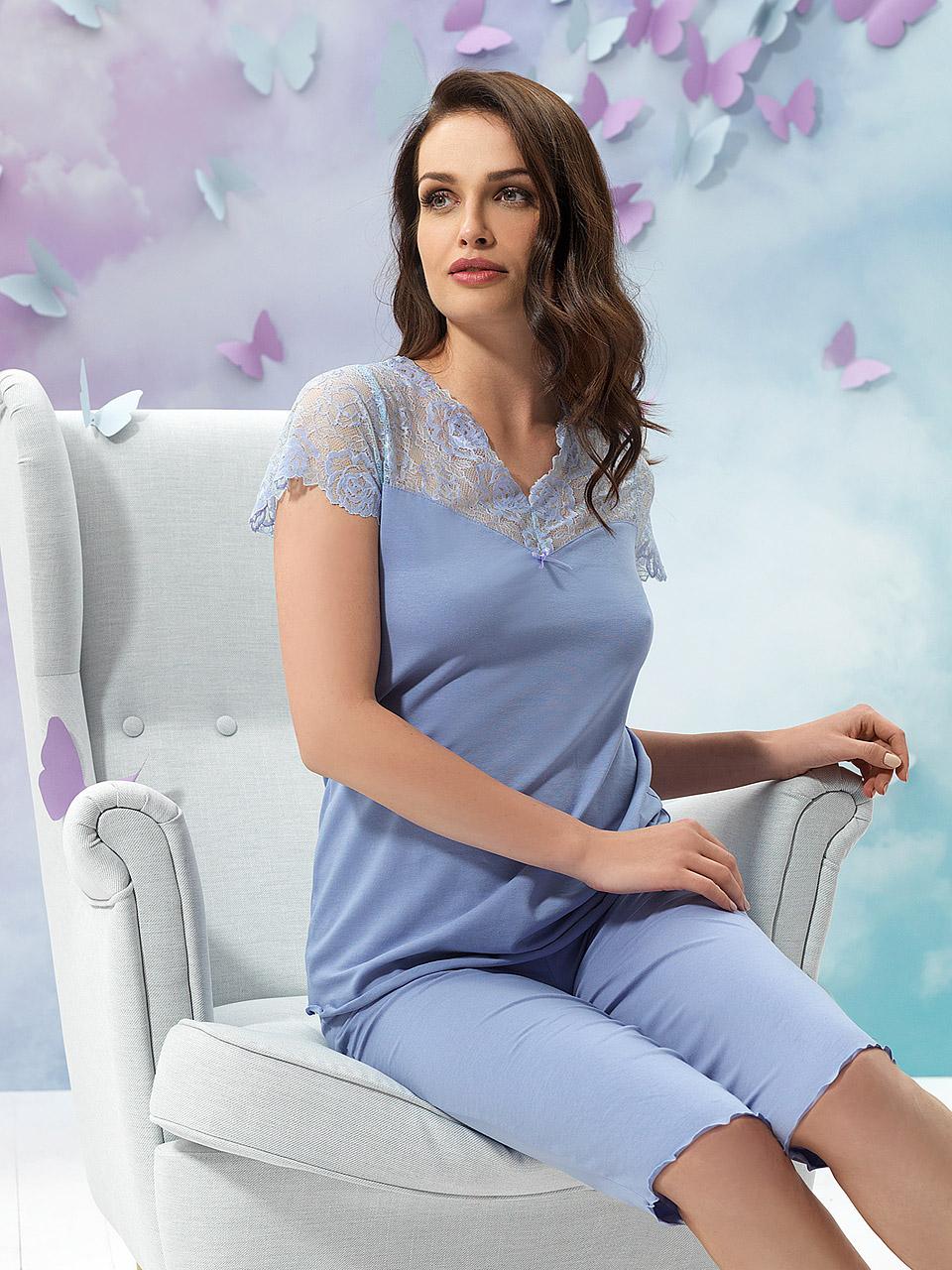 Natalie 2929 Pigiama<br />20 Light Blue, 38 Lavender, 55 Pearl