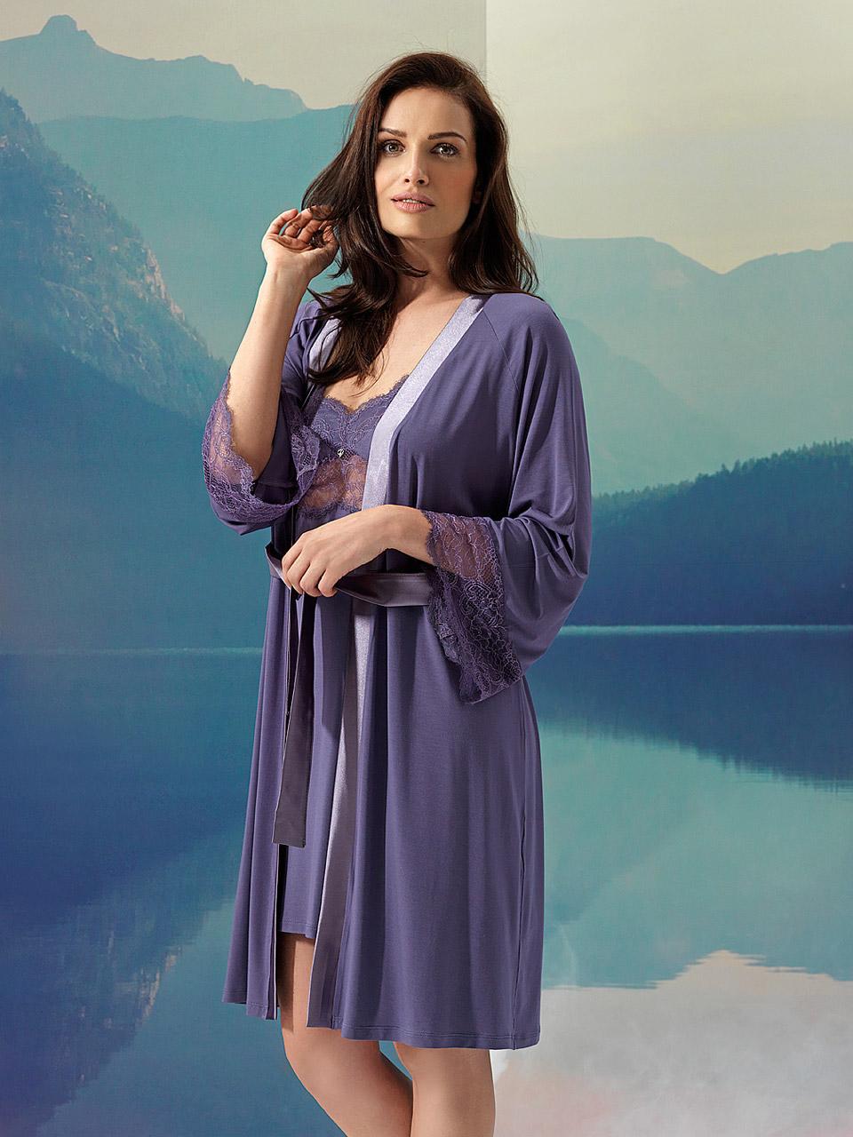Luna 2970 Vestaglia<br />10 Ivory, 02 Black, 10 Violet