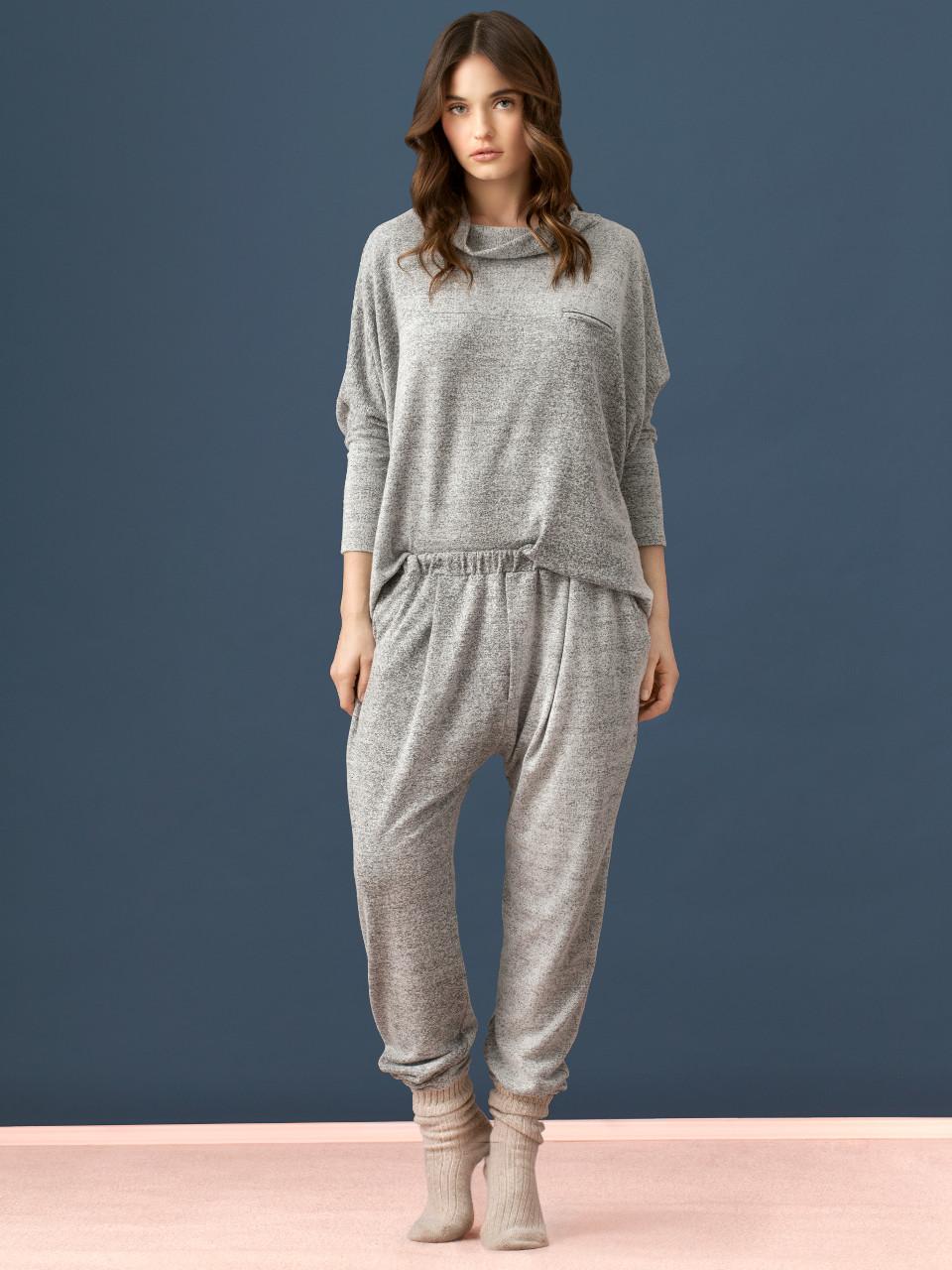 LW017 Maglia Oversize<br />14 Grey Melange<br />LW018 Pantalone<br />14 Grey Melange